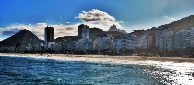 Ilustração de aumento de impostos imobiliários no Rio de Janeiro