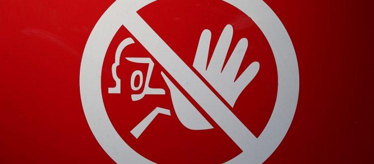 ilustração proibicao de marcas