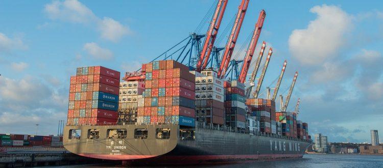 ilustração navio com conteiner
